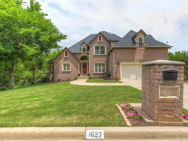 1627 N Waco Avenue, Tulsa, OK 74127 (MLS #2019980) :: Hometown Home & Ranch