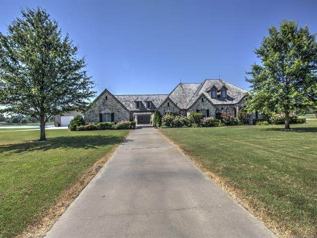 5780 Lakeview Drive, Mounds, OK 74047 (MLS #2020485) :: 918HomeTeam - KW Realty Preferred