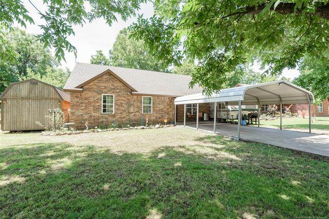 1513 E Maple Street, Cushing, OK 74023 (MLS #2021486) :: Hopper Group at RE/MAX Results