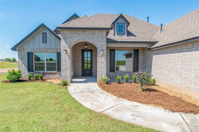 7104 E 139th Street North, Collinsville, OK 74021 (MLS #2021648) :: Hopper Group at RE/MAX Results