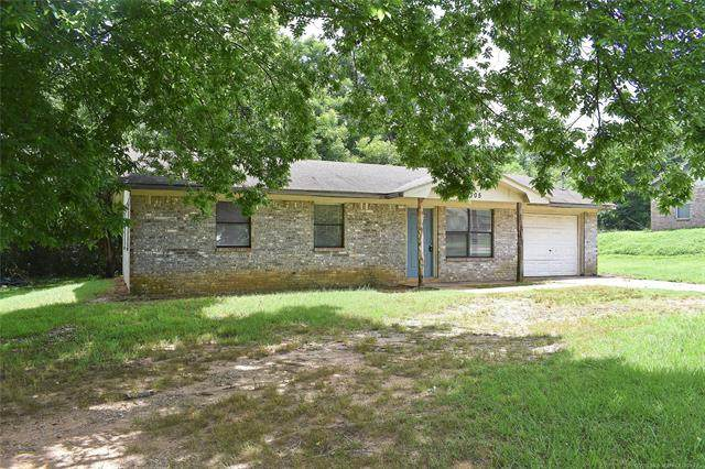 305 W Rosewood Street, Hugo, OK 74743 (MLS #2021760) :: Hopper Group at RE/MAX Results