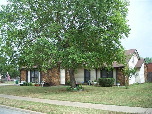 413 Overholt Drive, Sand Springs, OK 74063 (MLS #2022650) :: Hopper Group at RE/MAX Results