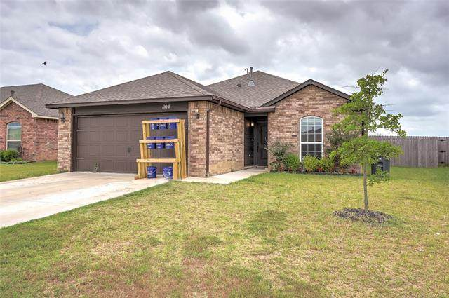 1104 E 148th Street S, Glenpool, OK 74033 (MLS #2022947) :: Active Real Estate