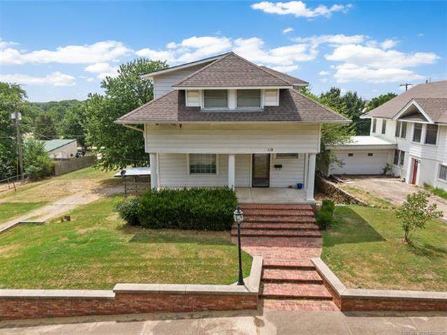 110 S Hickory Street, Nowata, OK 74048 (MLS #2022954) :: Active Real Estate