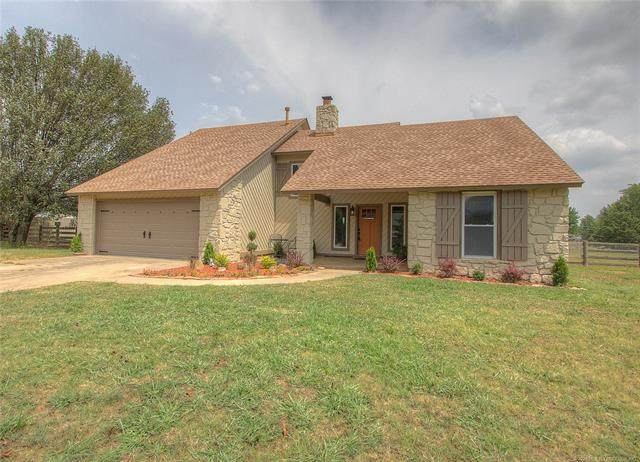 17309 E 109th Street North, Owasso, OK 74055 (MLS #2023484) :: Hopper Group at RE/MAX Results
