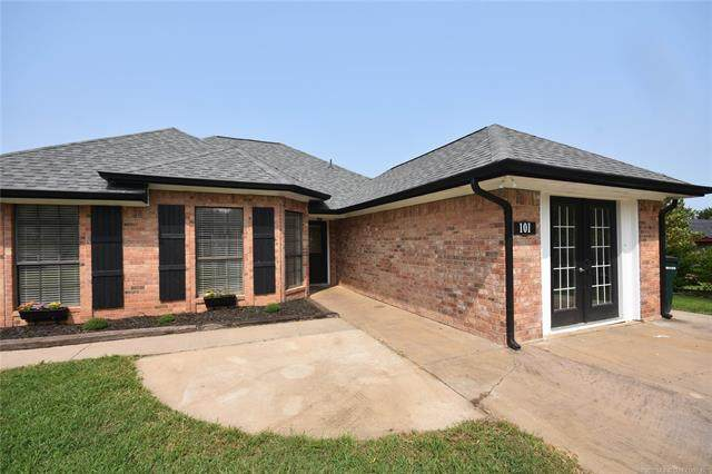 101 Jeremy, Calera, OK 74730 (MLS #2026360) :: Active Real Estate