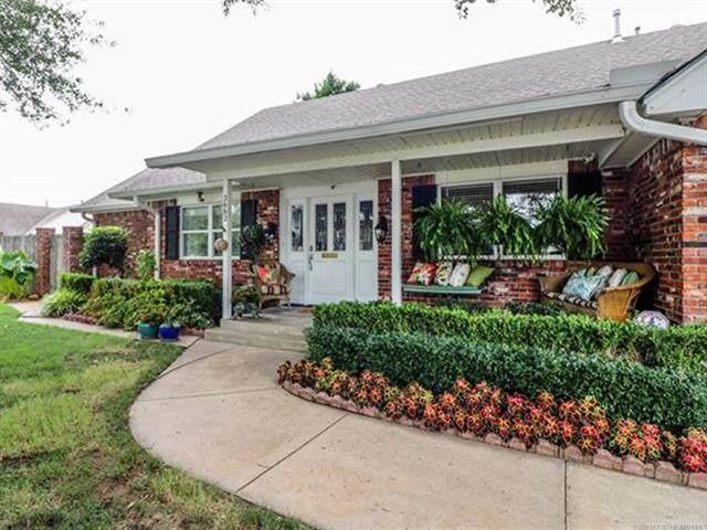 2662 S 90th East Avenue, Tulsa, OK 74129 (MLS #2026845) :: Active Real Estate