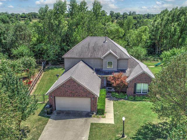 10698 E 142nd Place N, Collinsville, OK 74021 (MLS #2027009) :: Active Real Estate