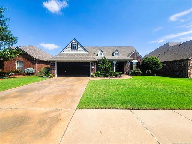 17609 E 46th Street, Tulsa, OK 74134 (MLS #2027788) :: Hopper Group at RE/MAX Results