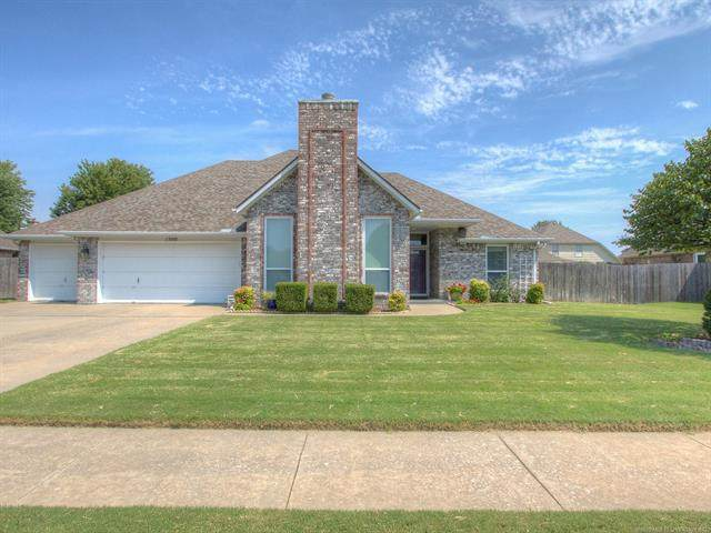 1500 E Granger Street, Broken Arrow, OK 74012 (MLS #2028150) :: Hopper Group at RE/MAX Results