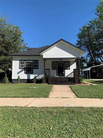 410 N Chickasaw Avenue, Claremore, OK 74017 (MLS #2029150) :: Hopper Group at RE/MAX Results