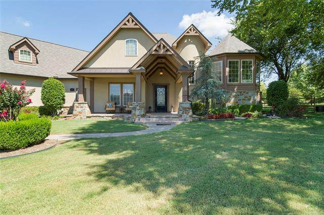 7160 Kingbird Court, Owasso, OK 74055 (MLS #2029787) :: 918HomeTeam - KW Realty Preferred
