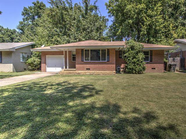 4128 Brookline Drive, Bartlesville, OK 74006 (MLS #2030487) :: Hopper Group at RE/MAX Results