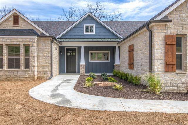 1715 W Blue Starr Drive, Claremore, OK 74017 (MLS #2030935) :: Owasso Homes and Lifestyle
