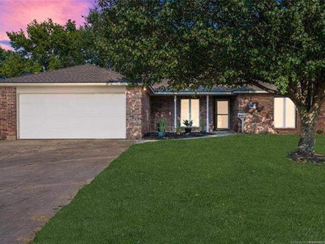1108 S Price Avenue, Hominy, OK 74035 (MLS #2031199) :: Active Real Estate