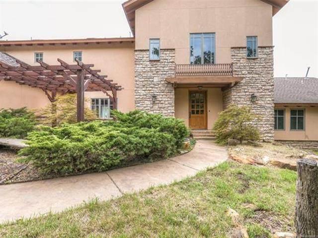 1509 Lakeside Ridge Drive, Sand Springs, OK 74063 (MLS #2031600) :: 918HomeTeam - KW Realty Preferred