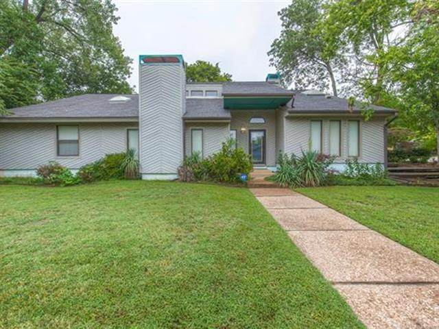 6721 E 87th Place, Tulsa, OK 74133 (MLS #2033755) :: Hopper Group at RE/MAX Results