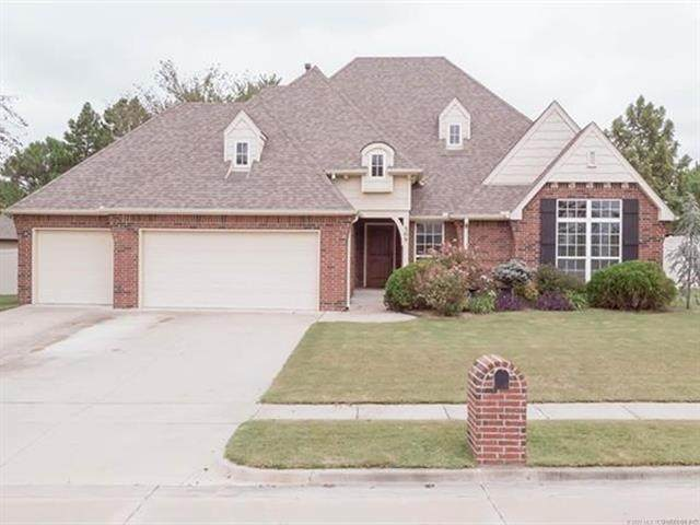 309 S 76th Street, Broken Arrow, OK 74014 (MLS #2033971) :: Hopper Group at RE/MAX Results