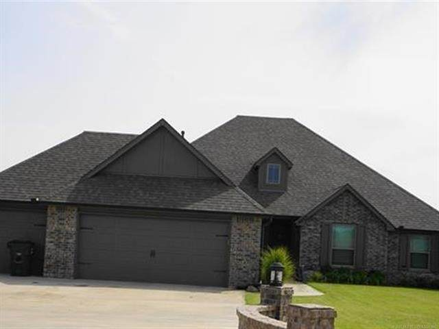 14345 N 55th East Avenue, Collinsville, OK 74021 (MLS #2033986) :: Hopper Group at RE/MAX Results