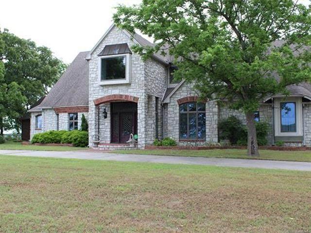 30220 Dustin Road, Henryetta, OK 74437 (MLS #2034265) :: Active Real Estate
