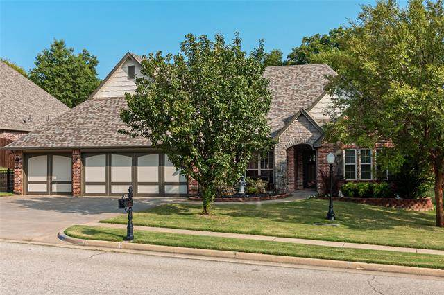 1702 Forest Hill Drive, Claremore, OK 74017 (MLS #2034382) :: Hopper Group at RE/MAX Results