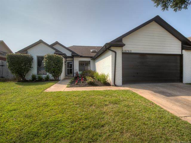 10702 E 113th Place, Bixby, OK 74008 (MLS #2034533) :: Hopper Group at RE/MAX Results