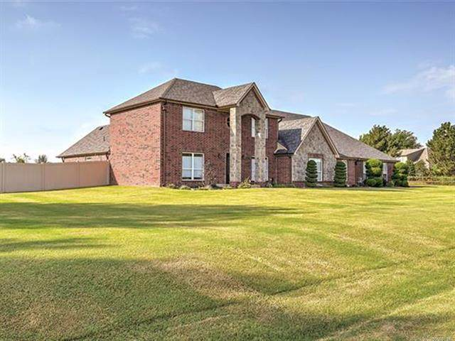 19450 E 72nd Street North, Owasso, OK 74055 (MLS #2034561) :: 918HomeTeam - KW Realty Preferred