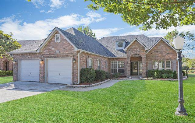 10106 E 93rd Street North, Owasso, OK 74055 (MLS #2034642) :: Hometown Home & Ranch
