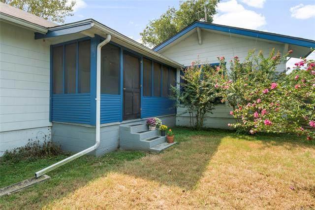 1402 W Edison Street N, Tulsa, OK 74127 (MLS #2034754) :: Hopper Group at RE/MAX Results