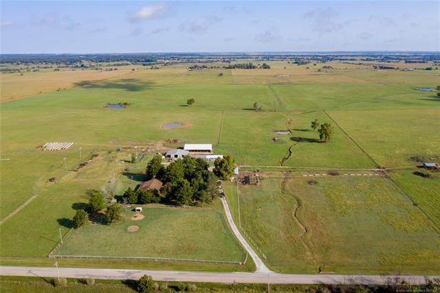 435268 E 330 Road, Big Cabin, OK 74332 (MLS #2035199) :: Hometown Home & Ranch