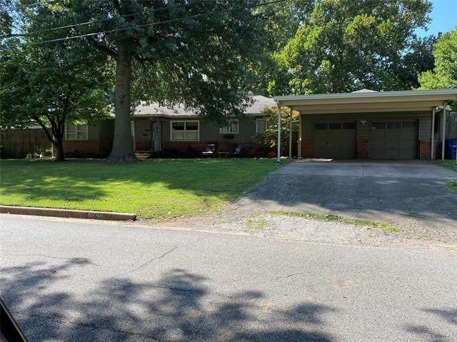 4698 S Columbia Avenue, Tulsa, OK 74105 (MLS #2035246) :: Active Real Estate