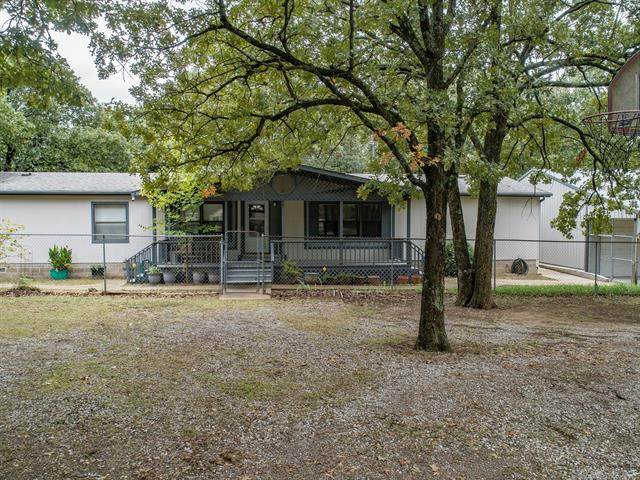 4380 N Indian Oaks Drive, Sand Springs, OK 74063 (MLS #2035465) :: Hopper Group at RE/MAX Results