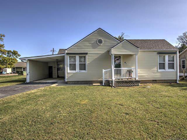 611 W 6th Street, Chelsea, OK 74016 (MLS #2036043) :: RE/MAX T-town