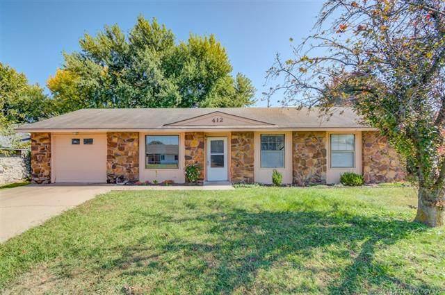 412 N Spruce Avenue, Bartlesville, OK 74006 (MLS #2036600) :: 918HomeTeam - KW Realty Preferred