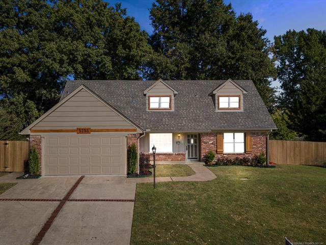 5255 S 68th East Place, Tulsa, OK 74145 (MLS #2036707) :: Active Real Estate