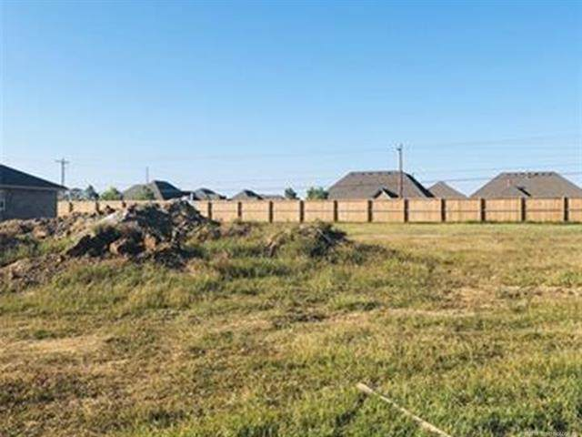 13566 N 129th East Place, Collinsville, OK 74021 (MLS #2036834) :: 918HomeTeam - KW Realty Preferred