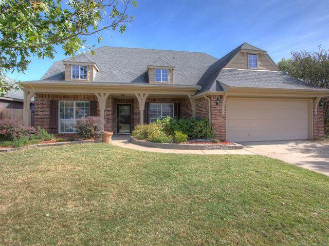611 N Sycamore Street, Jenks, OK 74037 (MLS #2037106) :: Active Real Estate
