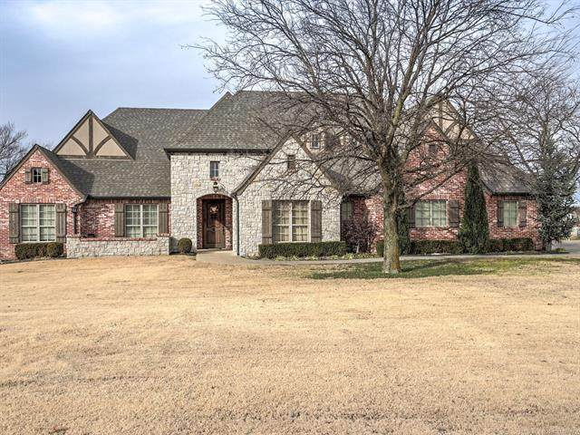 6850 Hidden Acre Trail, Owasso, OK 74055 (MLS #2037206) :: 918HomeTeam - KW Realty Preferred