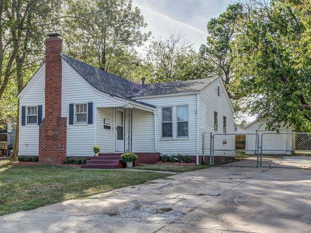 4710 S 26th West Avenue, Tulsa, OK 74107 (MLS #2037296) :: Active Real Estate