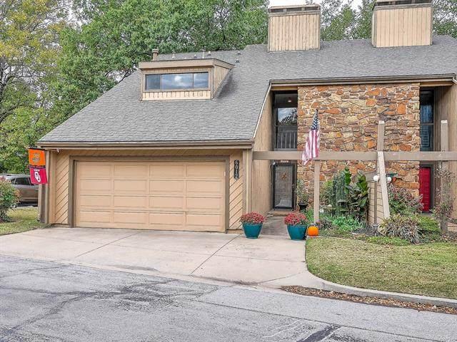 6012 S Atlanta Court #1, Tulsa, OK 74105 (MLS #2037644) :: Hometown Home & Ranch