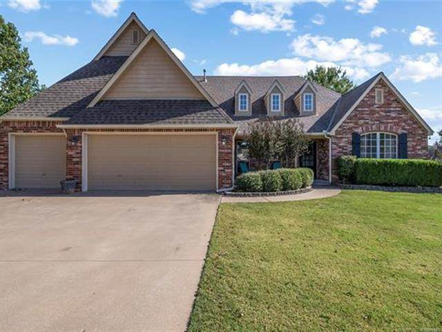 7114 E 149th Street North, Collinsville, OK 74021 (MLS #2037664) :: RE/MAX T-town