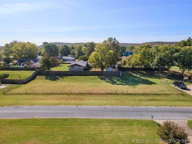 19th Street S, Sand Springs, OK 74063 (MLS #2037843) :: Hopper Group at RE/MAX Results