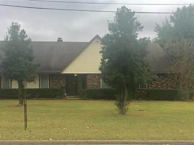 1732 E 13th Street, Okmulgee, OK 74447 (MLS #2037891) :: RE/MAX T-town