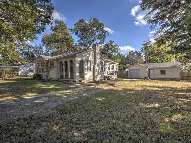 430 E 19th Street, Okmulgee, OK 74447 (MLS #2038127) :: Hometown Home & Ranch