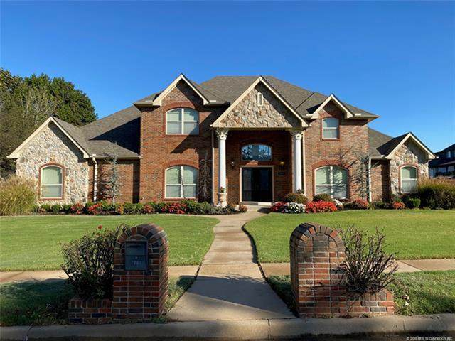 2004 W Decatur Street, Broken Arrow, OK 74011 (MLS #2038260) :: 918HomeTeam - KW Realty Preferred