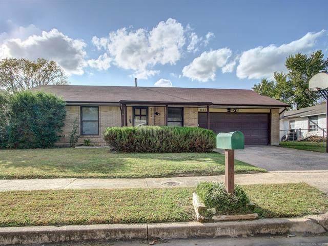 2708 S 135 East Avenue, Tulsa, OK 74134 (MLS #2038488) :: Hometown Home & Ranch