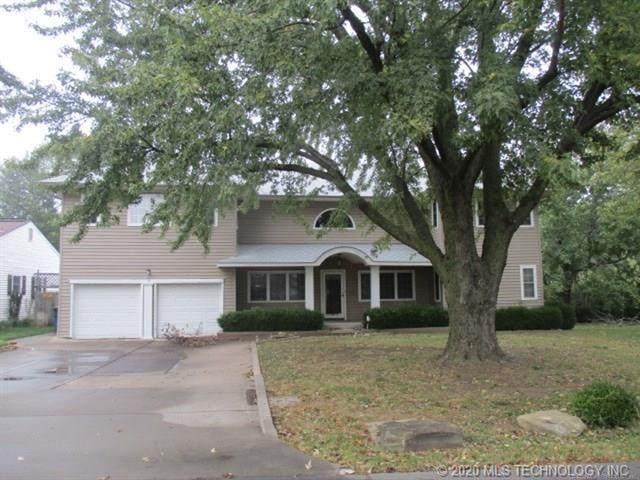 1525 N College Avenue, Tulsa, OK 74110 (MLS #2038961) :: 918HomeTeam - KW Realty Preferred