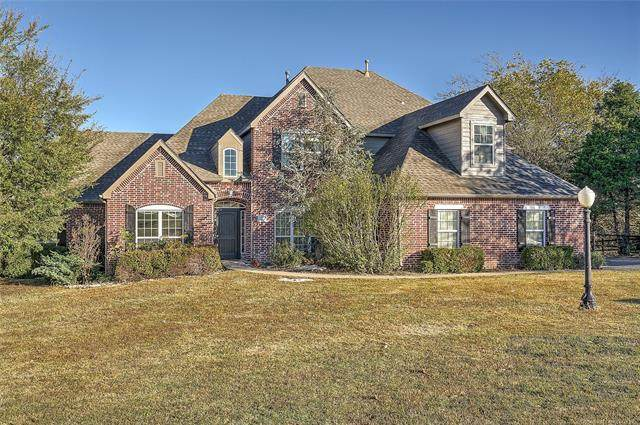 18509 E 100th Street North, Owasso, OK 74055 (MLS #2039140) :: Hopper Group at RE/MAX Results