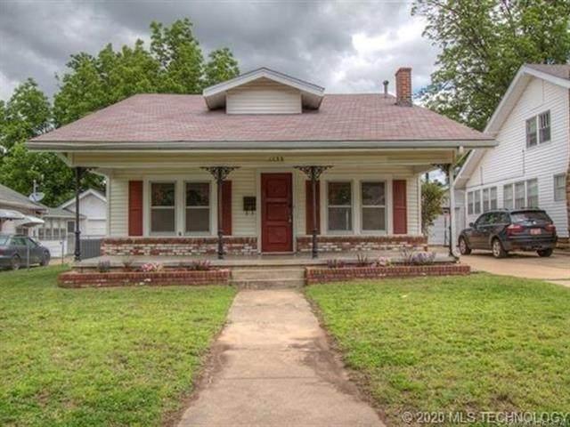 1239 E 10th Street, Okmulgee, OK 74447 (MLS #2040405) :: Hometown Home & Ranch