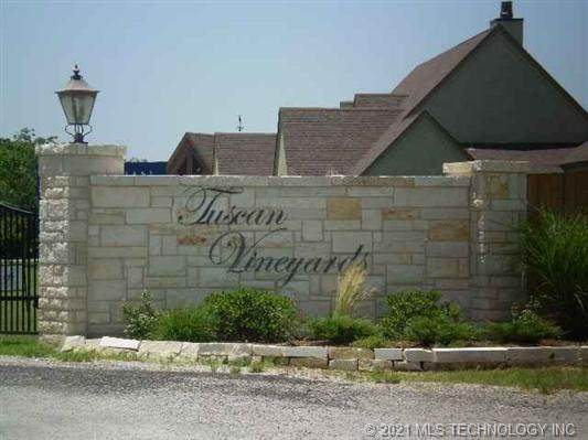 Lucca Lane, Ardmore, OK 73401 (MLS #2040588) :: Owasso Homes and Lifestyle